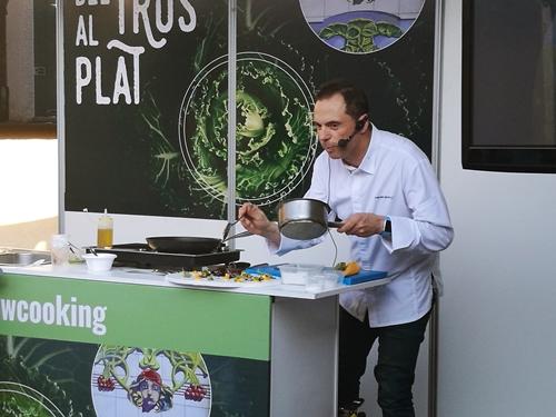 Manuel Alonso. Showcooking. menú degustación Manuel Alonso. fira de les comarques 2017. Chef estrella michelín